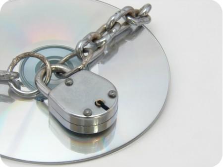 Как скопировать защищенный диск с фильмом?