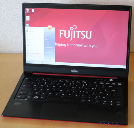 Ультрабук компании Fujitsu   Lifebook U772
