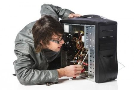 Что происходит, если вы слышите странный звук и видите застывшую картинку на экране компьютера?