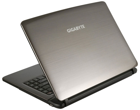 GIGABYTE представила новый ноутбук Q2440