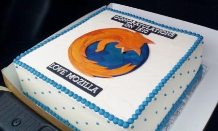 Разработчики Mozilla решили поздравить специалистов Microsoft с выпуском IE10