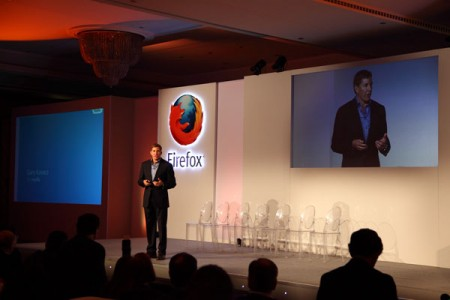 Firefox представила на Mobile World Congress 2013 свою операционную систему