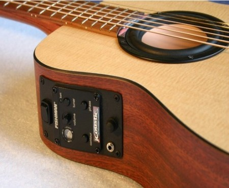 iCoustic Wireless Bluetooth Guitar   гитара с поддержкой Bluetooth