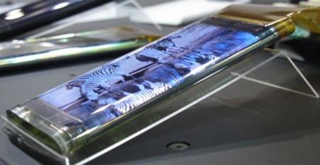 Японцы создали гибкий OLED экран для смартфонов